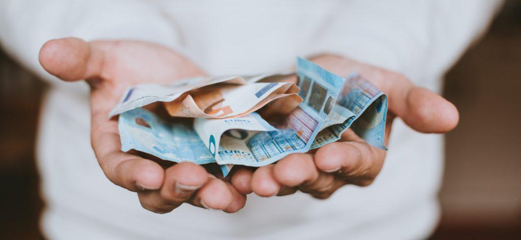 学生の効率的な貯金方法7選!学生がお金を貯める方法はたくさん!の見出し画像
